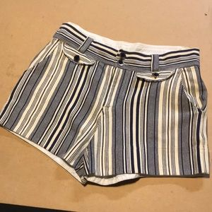 Marc by Marc Jacobs sailor shorts! Oh the buttons!